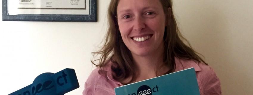 """Вера Петканчин спечели наградата """"Най-добре описана добра практика в образованието по предприемачество"""" на Coneeect"""