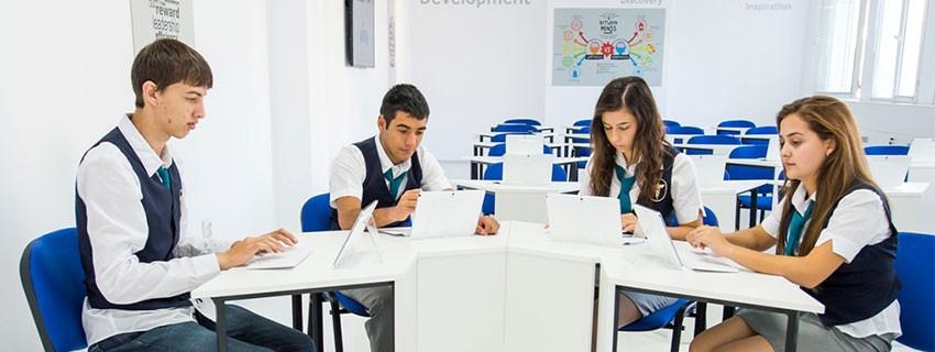 Джуниър Ачийвмънт България и Samsung откриха смарт класна стая в Бургас
