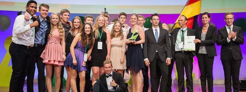 """Българската учебна компания """"Металприз"""" се представи достойно в Берлин на европейското състезание на учебните компании"""
