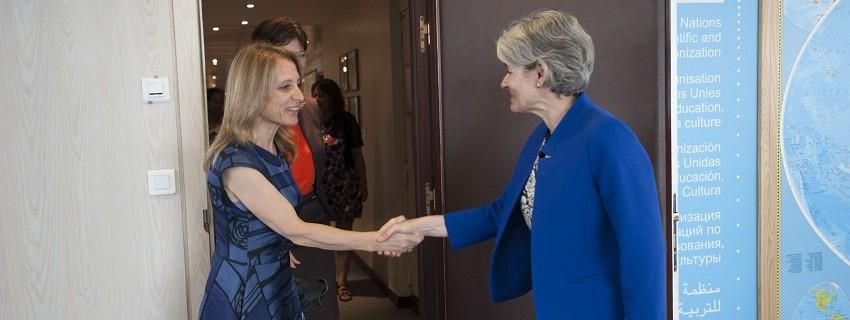 Милена Стойчева на среща с генералния директор на ЮНЕСКО Ирина Бокова