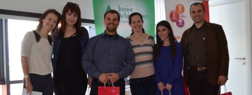 Колелета, които произвеждат електричество, спечелиха първия иновационен на лагер Кока – Кола и Джуниър Ачийвмънт България